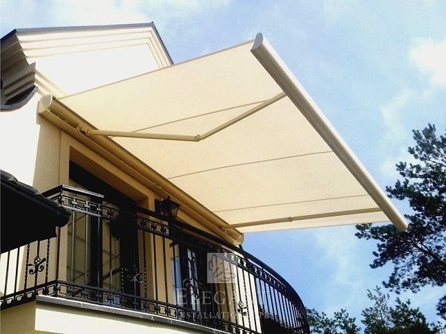 Markiza Ultima Electric Patio Awning & Electric Patio Awnings UK - Fully Fitted | Elegant Awnings