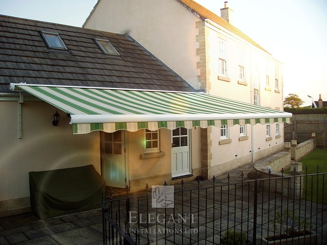 Awnings for houses having single storey walls